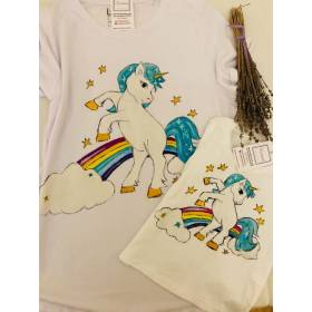 Tricou pictat maual -  model unicorn