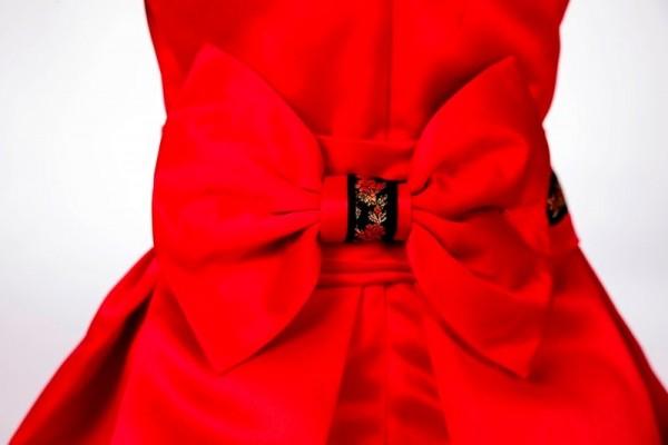 detaliu funda rochie botez 6 - 9 luni