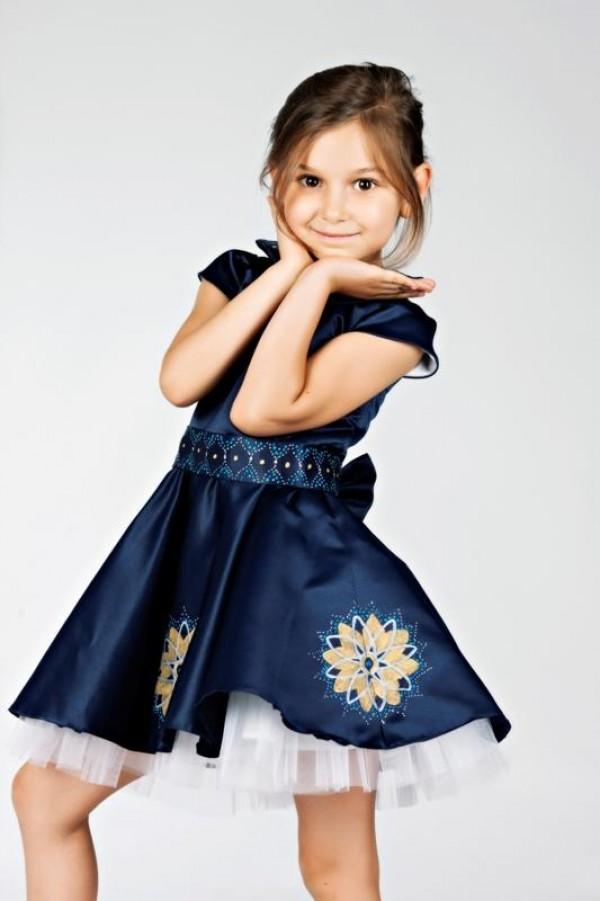 rochita albastra hand made 3 - 4 ani